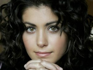 katie-melua-wallpaper-2048x1536-customity