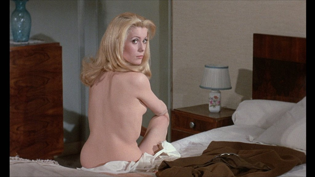 large_belle_de_jour_blu-ray3