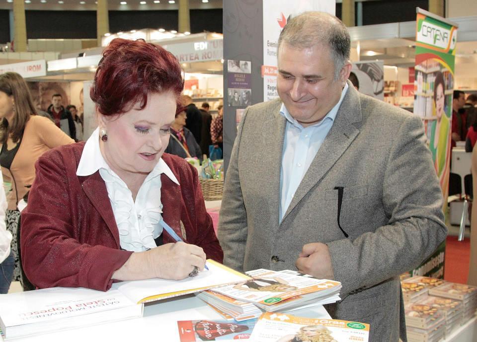 Lansare Gateste Moldoveneste cu Stela Popescu_Editura Litera