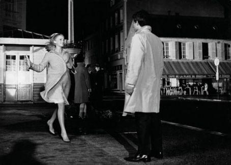 les-parapluies-de-cherbourg-2