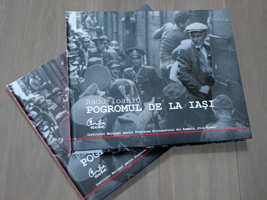 Album-Pogrom-Iasi-1