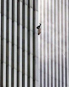 The Falling Man, fotografie de Richard Drew