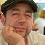 """Interviu Vasile Ernu, despre Bandiții: """"Ceea ce construiesc eu în carte ajută mult să înţelegem acea lume, ne ajută pe noi să fim mai toleranţi, mai înţelegători cu ei şi ne ajută mai ales să ne înţelegem pe noi"""""""
